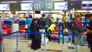 Авиакомпания Fly One: особенности провоза багажа