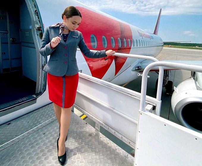 Стюардесса Red Wings
